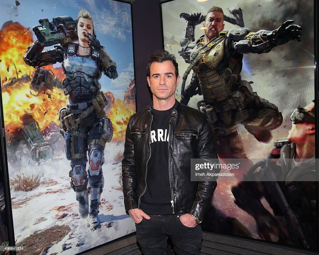 Justin Theroux Plays Call Of Duty: Black Ops 3 At Treyarch Studios In Santa Monica