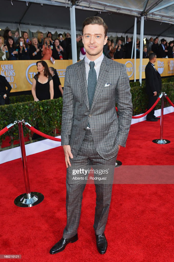Actor <a gi-track='captionPersonalityLinkClicked' href=/galleries/search?phrase=Justin+Timberlake&family=editorial&specificpeople=157482 ng-click='$event.stopPropagation()'>Justin Timberlake</a> arrives at the 19th Annual Screen Actors Guild Awards held at The Shrine Auditorium on January 27, 2013 in Los Angeles, California.