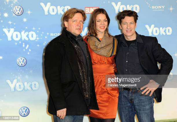 Actor Justus von Dohnanyi Jessica Schwarz and Tobias Moretti attend the Yoko Premiere at the Mathaeser Filmpalast on February 5 2012 in Munich Germany