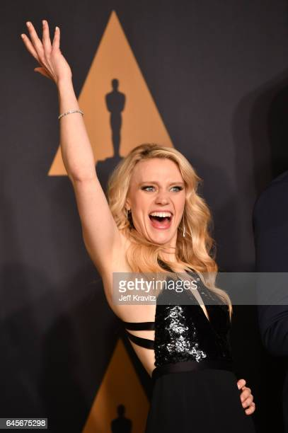 Actor Kate McKinnon poses in the press room during the 89th Annual Academy Awards at Hollywood Highland Center on February 26 2017 in Hollywood...