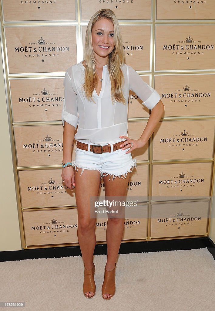 Actor <a gi-track='captionPersonalityLinkClicked' href=/galleries/search?phrase=Katrina+Bowden&family=editorial&specificpeople=4272761 ng-click='$event.stopPropagation()'>Katrina Bowden</a> attends The Moet & Chandon Suite at USTA Billie Jean King National Tennis Center on August 29, 2013 in New York City.