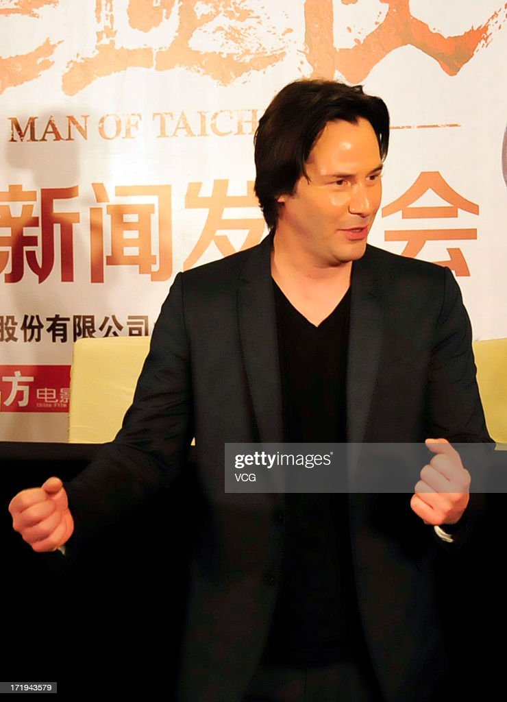Actor <a gi-track='captionPersonalityLinkClicked' href=/galleries/search?phrase=Keanu+Reeves&family=editorial&specificpeople=171568 ng-click='$event.stopPropagation()'>Keanu Reeves</a> attends 'Man of Tai Chi' press conference on June 26, 2013 in Guangzhou, China.