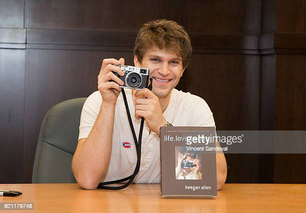Actor Keegan Allen signs his book 'lifelovebeauty' at Barnes Noble at The Grove on November 4 2016 in Los Angeles California