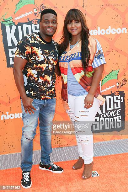 Actor Kel Mitchell and recording artist Asia Lee arrive at the Nickelodeon Kids' Choice Sports Awards 2016 at the UCLA's Pauley Pavilion on July 14...