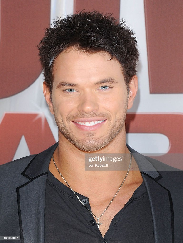Actor <a gi-track='captionPersonalityLinkClicked' href=/galleries/search?phrase=Kellan+Lutz&family=editorial&specificpeople=683287 ng-click='$event.stopPropagation()'>Kellan Lutz</a> arrives at the 45th annual CMA Awards at the Bridgestone Arena on November 9, 2011 in Nashville, Tennessee.