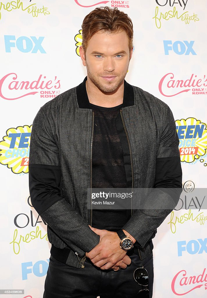 Actor <a gi-track='captionPersonalityLinkClicked' href=/galleries/search?phrase=Kellan+Lutz&family=editorial&specificpeople=683287 ng-click='$event.stopPropagation()'>Kellan Lutz</a> attends FOX's 2014 Teen Choice Awards at The Shrine Auditorium on August 10, 2014 in Los Angeles, California.