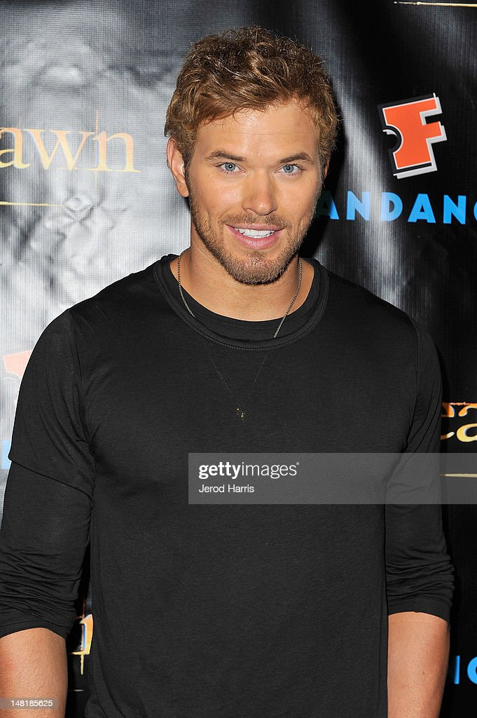 Actor <a gi-track='captionPersonalityLinkClicked' href=/galleries/search?phrase=Kellan+Lutz&family=editorial&specificpeople=683287 ng-click='$event.stopPropagation()'>Kellan Lutz</a> attends 'The Twilight Saga: Breaking Dawn Part 2' VIP Comic-Con Celebration Sponsored by Fandango at Float in the Hard Rock Hotel on July 11, 2012 in San Diego, California.