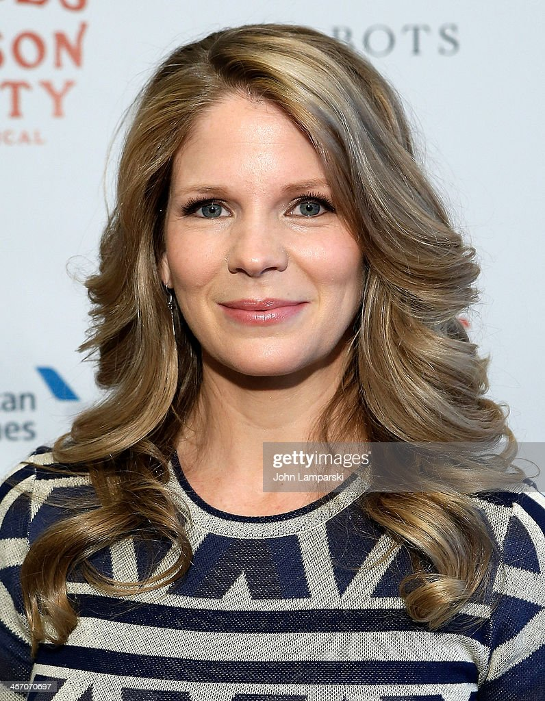 Actor <a gi-track='captionPersonalityLinkClicked' href=/galleries/search?phrase=Kelli+O%27Hara+-+Actress&family=editorial&specificpeople=225013 ng-click='$event.stopPropagation()'>Kelli O'Hara</a> attends 'The Bridges of Madison County' Cast Photo Call at The New 42nd Street Studios on December 16, 2013 in New York City.