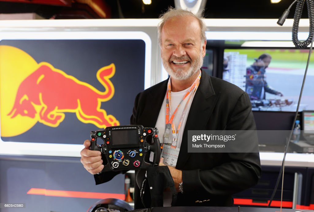 Actor Kelsey Grammer in the Red Bull Racing garage during final practice for the Spanish Formula One Grand Prix at Circuit de Catalunya on May 13, 2017 in Montmelo, Spain.
