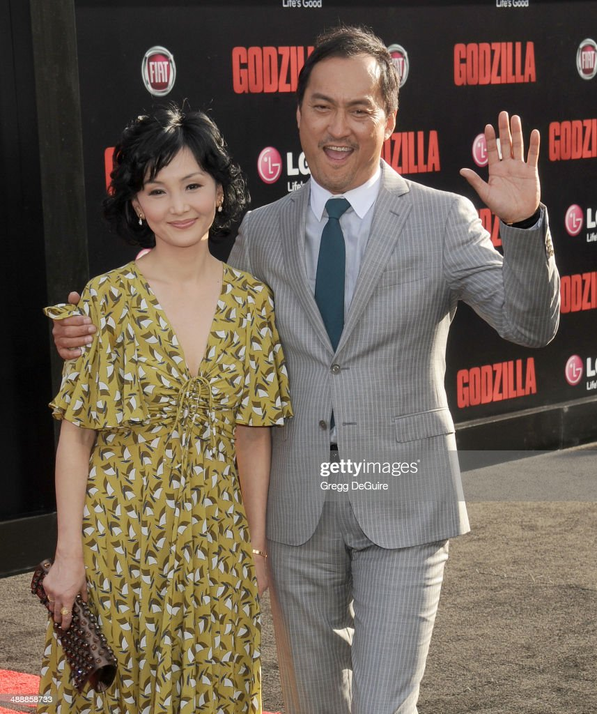 Actor <a gi-track='captionPersonalityLinkClicked' href=/galleries/search?phrase=Ken+Watanabe&family=editorial&specificpeople=214016 ng-click='$event.stopPropagation()'>Ken Watanabe</a> and <a gi-track='captionPersonalityLinkClicked' href=/galleries/search?phrase=Kaho+Minami&family=editorial&specificpeople=4011887 ng-click='$event.stopPropagation()'>Kaho Minami</a> arrive at the Los Angeles premiere of 'Godzilla' at Dolby Theatre on May 8, 2014 in Hollywood, California.