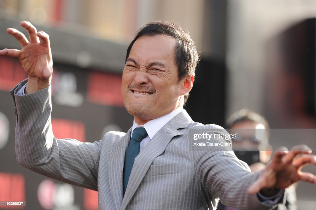 Actor <a gi-track='captionPersonalityLinkClicked' href=/galleries/search?phrase=Ken+Watanabe&family=editorial&specificpeople=214016 ng-click='$event.stopPropagation()'>Ken Watanabe</a> arrives at the Los Angeles premiere of 'Godzilla' at Dolby Theatre on May 8, 2014 in Hollywood, California.