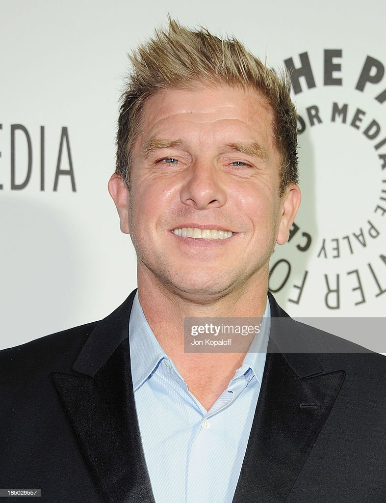 Actor Kenny Johnson arrives at The Paley Center for Media Hosts 2013 Benefit Gala Honoring FX Networks on October 16, 2013 in Los Angeles, California.