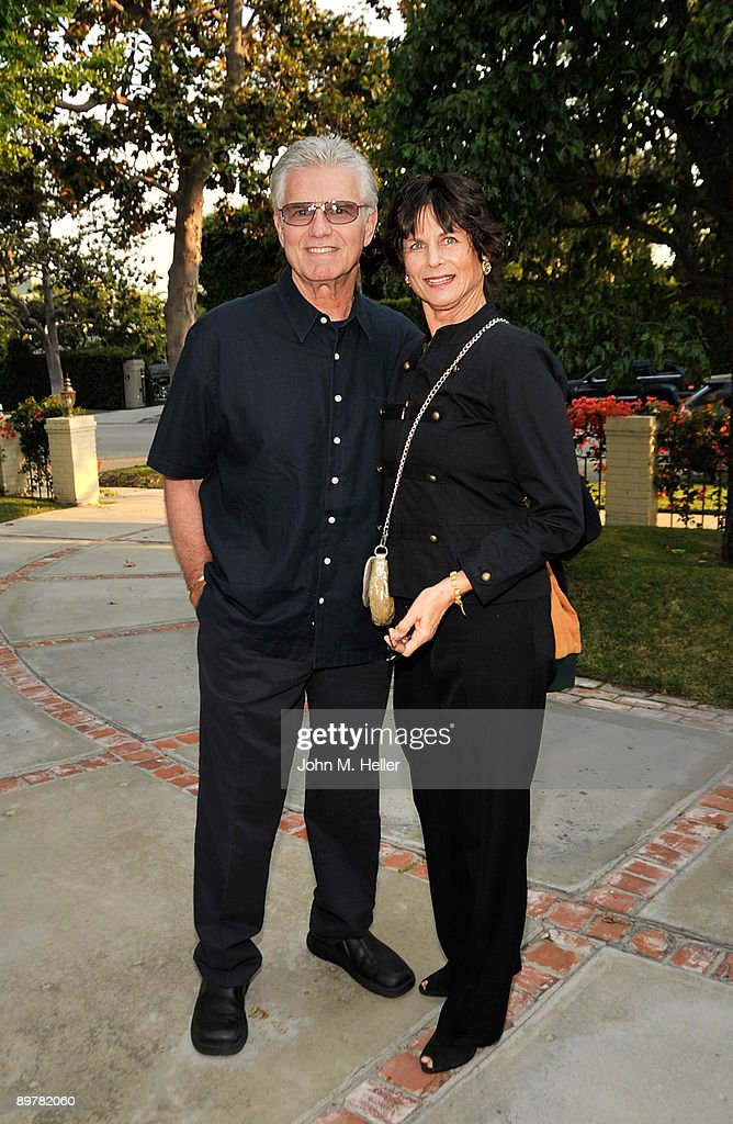 Actor Kent McCord and Cynthia McCord attend the Membership First Fundraiser at the home of Nancy Sinatra on August 13, 2009 in Beverly Hills, California.