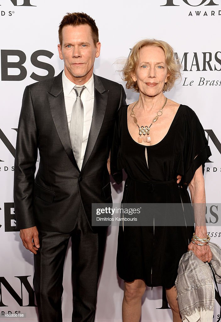 Actor <a gi-track='captionPersonalityLinkClicked' href=/galleries/search?phrase=Kevin+Bacon&family=editorial&specificpeople=202000 ng-click='$event.stopPropagation()'>Kevin Bacon</a> (L) attends the 68th Annual Tony Awards at Radio City Music Hall on June 8, 2014 in New York City.
