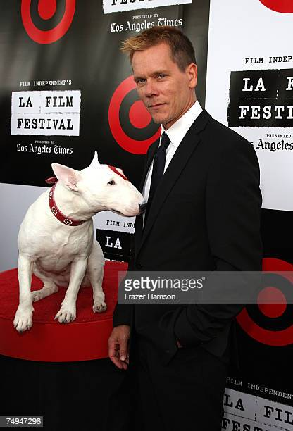 Actor Kevin Bacon poses with Bullseye the Target dog at the Los Angeles Film Festival 2007 Spirit Of Independence Award Ceremony Honoring Clint...