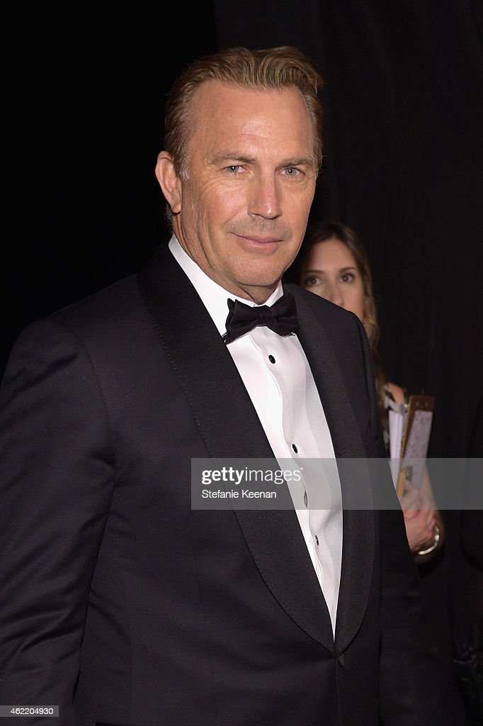 Actor <a gi-track='captionPersonalityLinkClicked' href=/galleries/search?phrase=Kevin+Costner&family=editorial&specificpeople=201719 ng-click='$event.stopPropagation()'>Kevin Costner</a> attends TNT's 21st Annual Screen Actors Guild Awards at The Shrine Auditorium on January 25, 2015 in Los Angeles, California. 25184_022