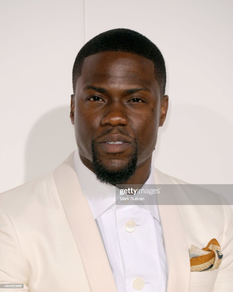 Actor <a gi-track='captionPersonalityLinkClicked' href=/galleries/search?phrase=Kevin+Hart+-+Actor&family=editorial&specificpeople=4538838 ng-click='$event.stopPropagation()'>Kevin Hart</a> arrives for the premiere of 'Think Like A Man Too' at TCL Chinese Theatre on June 9, 2014 in Hollywood, California.