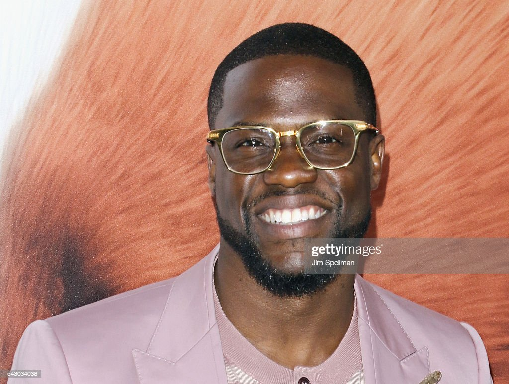 Actor <a gi-track='captionPersonalityLinkClicked' href=/galleries/search?phrase=Kevin+Hart+-+Actor&family=editorial&specificpeople=4538838 ng-click='$event.stopPropagation()'>Kevin Hart</a> attends the 'Secret Life Of Pets' New York premiere on June 25, 2016 in New York City.