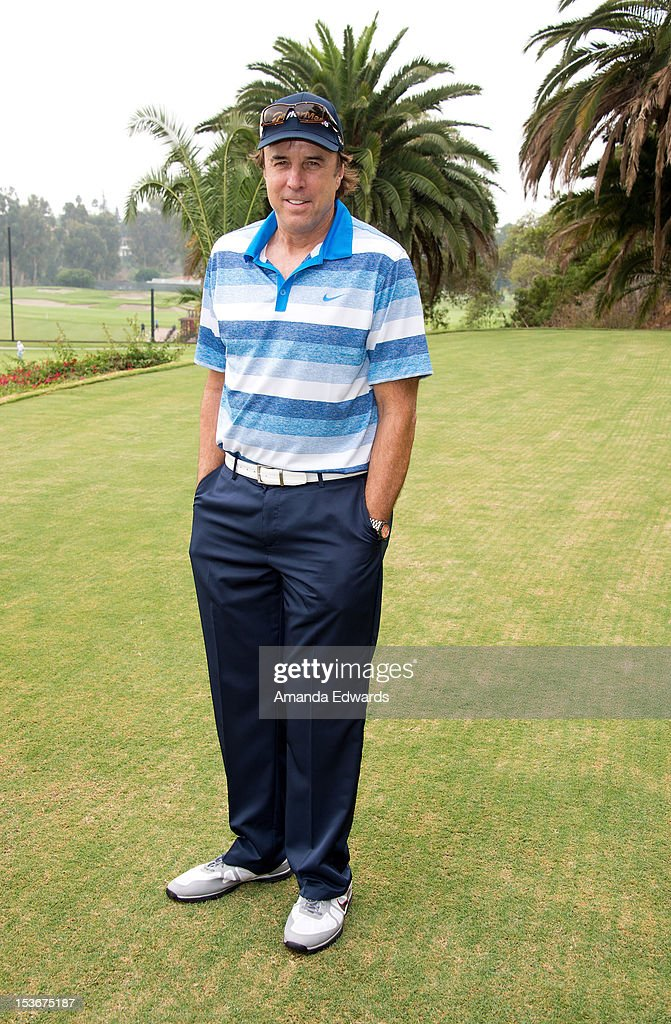 Actor <a gi-track='captionPersonalityLinkClicked' href=/galleries/search?phrase=Kevin+Nealon&family=editorial&specificpeople=214104 ng-click='$event.stopPropagation()'>Kevin Nealon</a> attends the 6th Annual Hilton HHonors Charitable Golf Series at The Riviera Country Club on October 8, 2012 in Pacific Palisades, California.