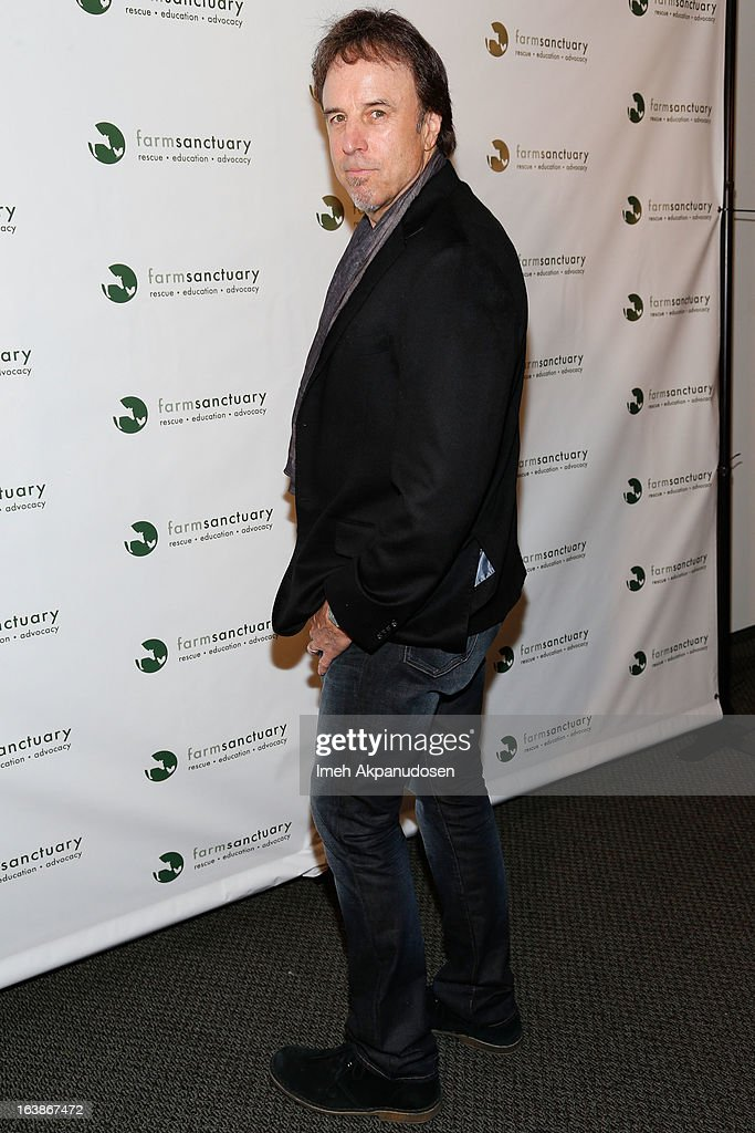 Actor <a gi-track='captionPersonalityLinkClicked' href=/galleries/search?phrase=Kevin+Nealon&family=editorial&specificpeople=214104 ng-click='$event.stopPropagation()'>Kevin Nealon</a> attends the Fun For Animals Celebrity Poker Tournament & Cocktail Party at Petersen Automotive Museum on March 16, 2013 in Los Angeles, California.
