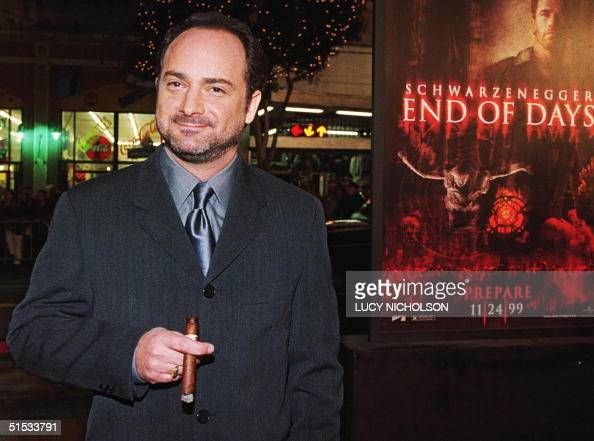 Actor Kevin Pollak arrives at the premiere of his new film millennium thriller 'End of Days' in Hollywood 16 November 1999 The film also stars Arnold...