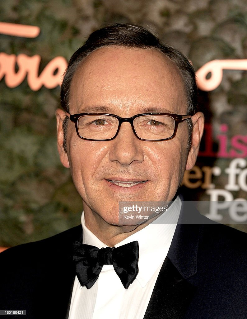 Actor <a gi-track='captionPersonalityLinkClicked' href=/galleries/search?phrase=Kevin+Spacey&family=editorial&specificpeople=202091 ng-click='$event.stopPropagation()'>Kevin Spacey</a> arrives at the Wallis Annenberg Center For The Performing Arts Gala at the Wallis Annenberg Center For The Performing Arts on October 17, 2013 in Beverly Hills, California.