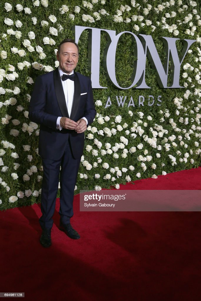 actor-kevin-spacey-attends-the-2017-tony-awards-at-radio-city-music-picture-id694981128