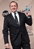 Actor Kevin Spacey winner of the Outstanding Performance by a Male Actor in a Drama Series award poses in the press room during the 22nd Annual...