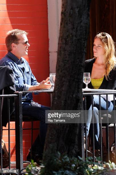 Actor Kiefer Sutherland and girlfriend Siobhan Bonnouvrier dine at Sant Ambroeus restaurant on October 7 2010 in New York City