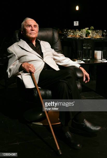 Actor Kirk Douglas poses during the Theatre Artist Dinner on the stage of the Kirk Douglas Theatre on September 14 2011 in Los Angeles California