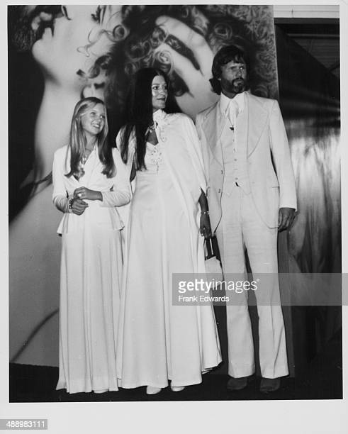 Actor Kris Kristofferson with his wife Rita Coolidge and their daughter Tracy attending the premiere of the movie 'A Star is Born' December 1976