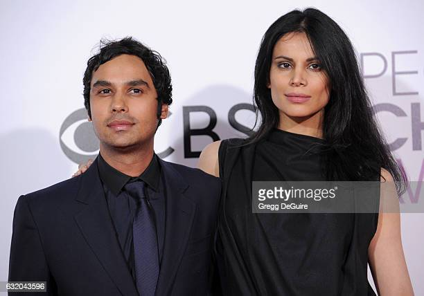 Actor Kunal Nayyar and Neha Kapur arrive at the 2017 People's Choice Awards at Microsoft Theater on January 18 2017 in Los Angeles California