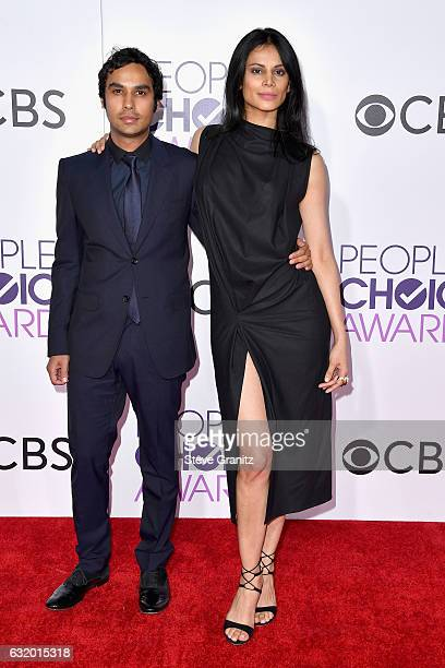 Actor Kunal Nayyar and Neha Kapur attend the People's Choice Awards 2017 at Microsoft Theater on January 18 2017 in Los Angeles California