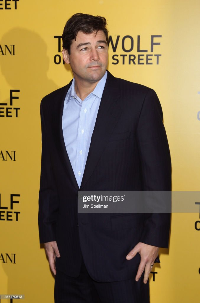Actor <a gi-track='captionPersonalityLinkClicked' href=/galleries/search?phrase=Kyle+Chandler&family=editorial&specificpeople=745009 ng-click='$event.stopPropagation()'>Kyle Chandler</a> attends the 'The Wolf Of Wall Street' premiere at Ziegfeld Theater on December 17, 2013 in New York City.