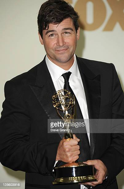 Actor Kyle Chandler poses in press room during the 63rd Primetime Emmy Awards at the Nokia Theatre LA Live on September 18 2011 in Los Angeles United...