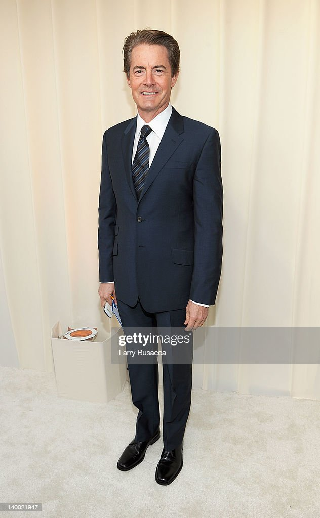 Actor <a gi-track='captionPersonalityLinkClicked' href=/galleries/search?phrase=Kyle+MacLachlan&family=editorial&specificpeople=213038 ng-click='$event.stopPropagation()'>Kyle MacLachlan</a> arrives at the 20th Annual Elton John AIDS Foundation Academy Awards Viewing Party at The City of West Hollywood Park on February 26, 2012 in Beverly Hills, California.