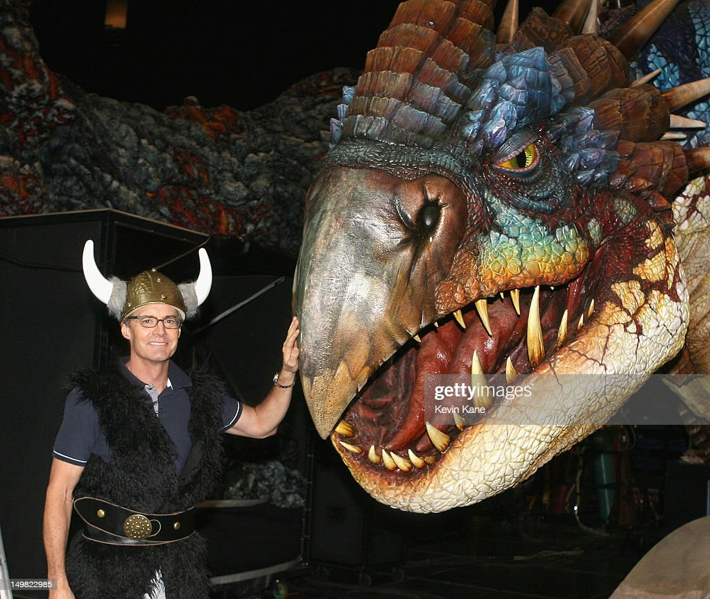 how to train your dragon broadway show