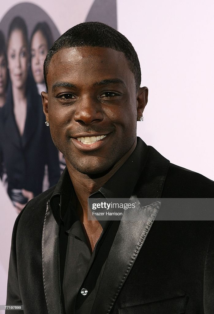 Actor Lance Gross poses at Lionsgate's Premiere Of 'Why Did I Get Married?' held at The Cinerama Dome, Arclight Hollywood on October 4, 2007 in Los Angeles, California.