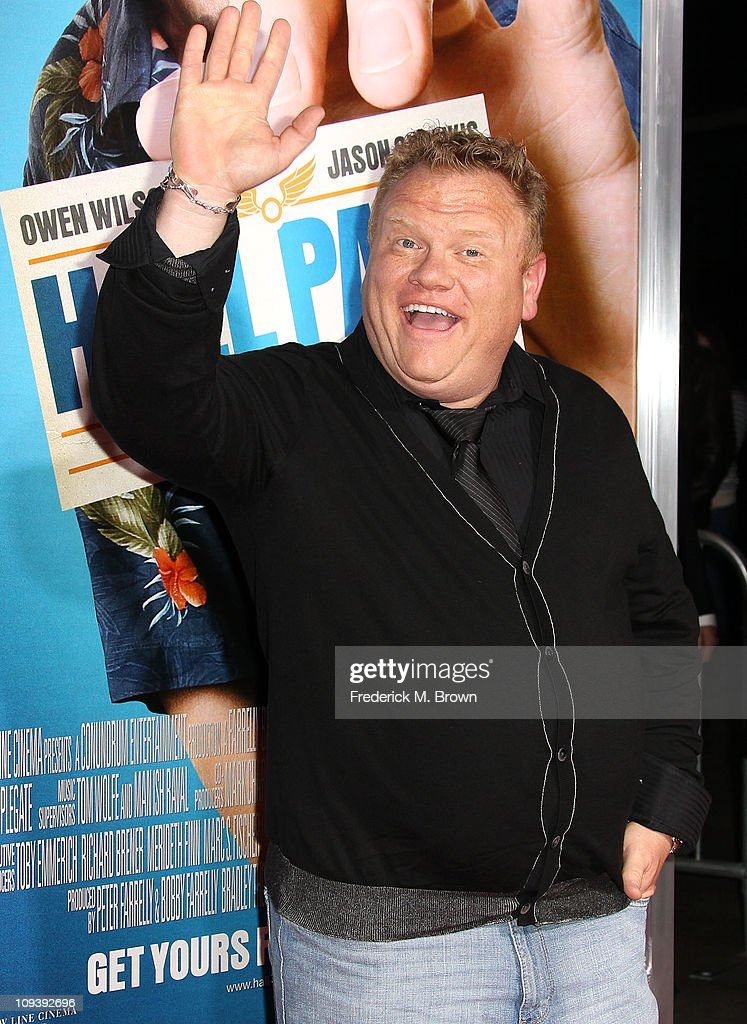 Actor <a gi-track='captionPersonalityLinkClicked' href=/galleries/search?phrase=Larry+Joe+Campbell&family=editorial&specificpeople=240302 ng-click='$event.stopPropagation()'>Larry Joe Campbell</a> attends the premiere of Warner Brothers' 'Hall Pass' at the Cinerama Dome on February 23, 2011 in Los Angeles, California.