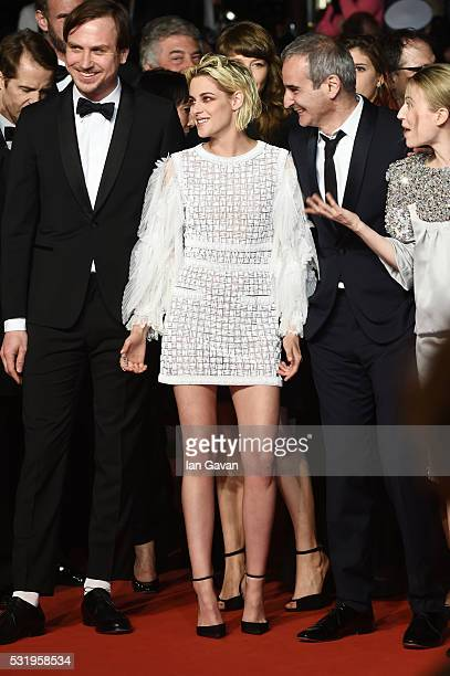 Actor Lars Eidinger actress Kristen Stewart director Olivier Assayas and actress Nora von Waldstaetten attend the 'Personal Shopper' premiere during...