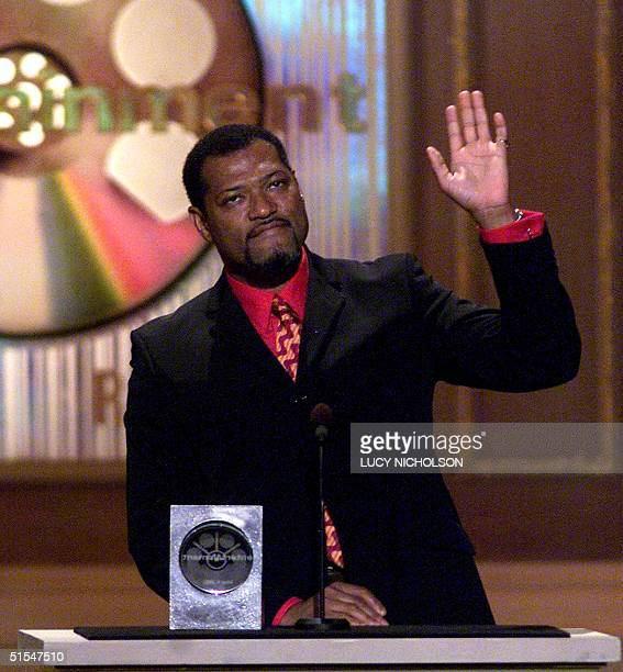 US actor Laurence Fishburne accepts his award for Favorite Supporting Actor Science Fiction for his role in the film 'The Matrix' at the Sixth Annual...