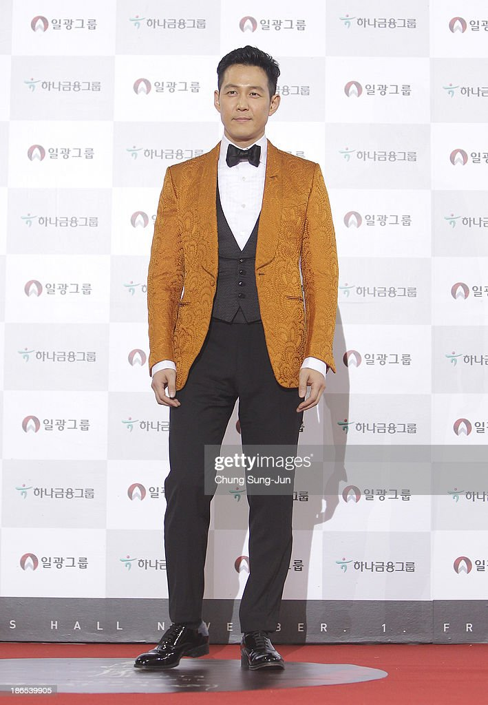 Actor Lee Jung-Jae arrives for the 50th Daejong Film Awards at KBS hall on November 1, 2013 in Seoul, South Korea.