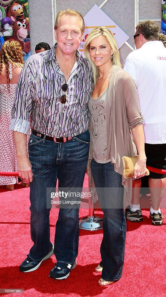 Actor Lee Majors (L) and wife Faith Majors attend the Los Angeles premiere of 'Toy Story 3' at the El Capitan Theatre on June 13, 2010 in Hollywood, California.