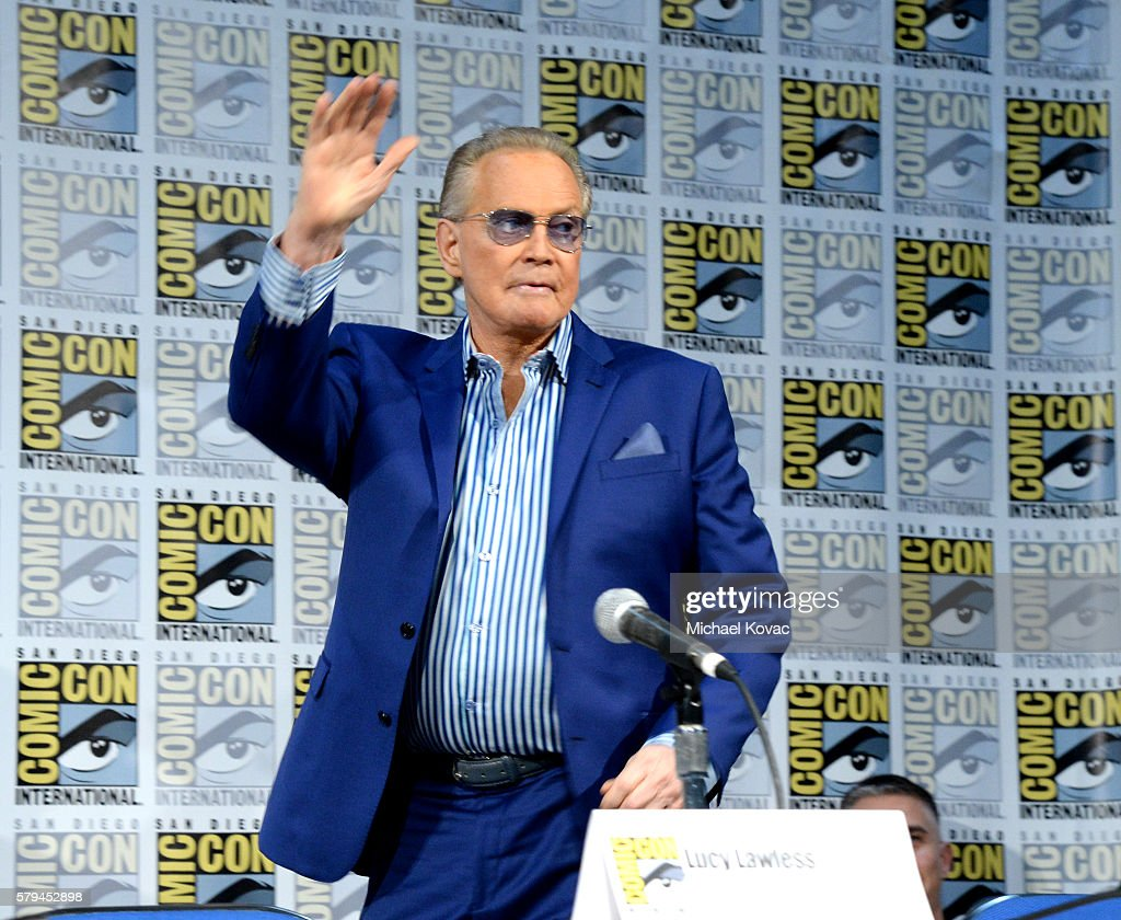 Actor Lee Majors waves to fans at the 'Ash vs Evil Dead' ComicCon screening at the San Diego Convention Center on July 23 2016 in San Diego California