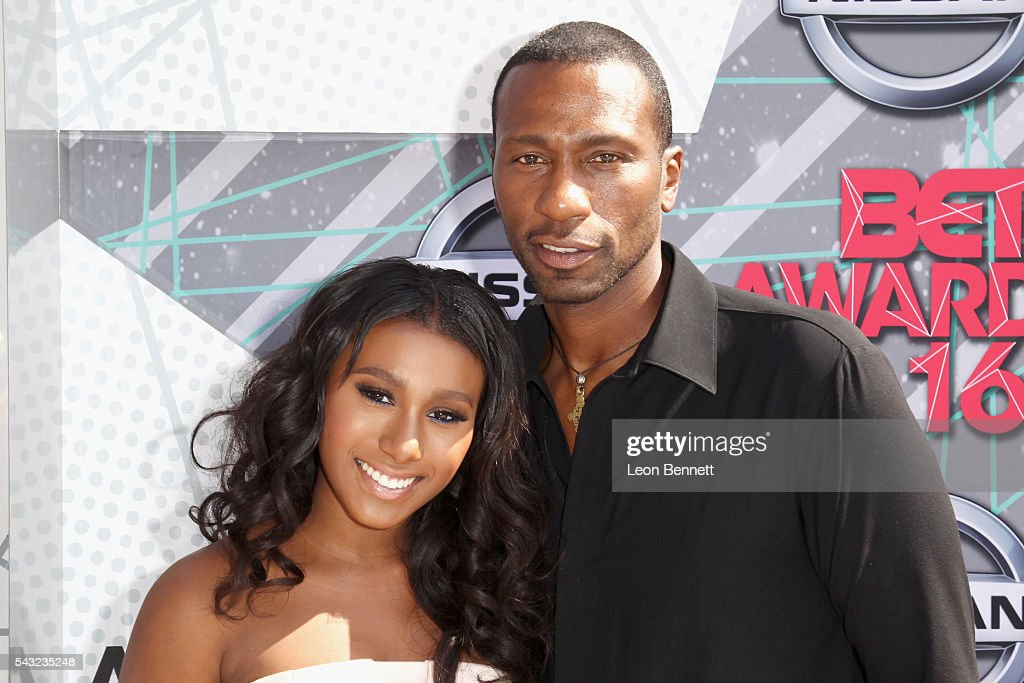 Actor Leon Robinson (R) and model Noelle Robinson attend the Make A Wish VIP Experience at the 2016 BET Awards on June 26, 2016 in Los Angeles, California.