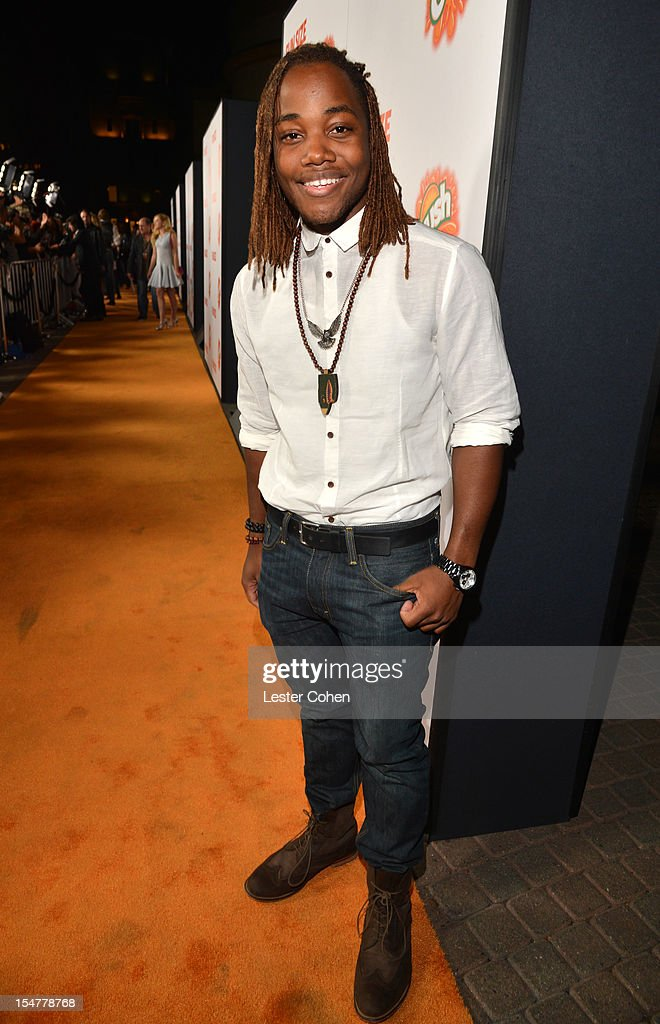 Actor Leon Thomas arrives at the Los Angeles premiere of 'Fun Size' at Paramount Studios on October 25, 2012 in Hollywood, California.