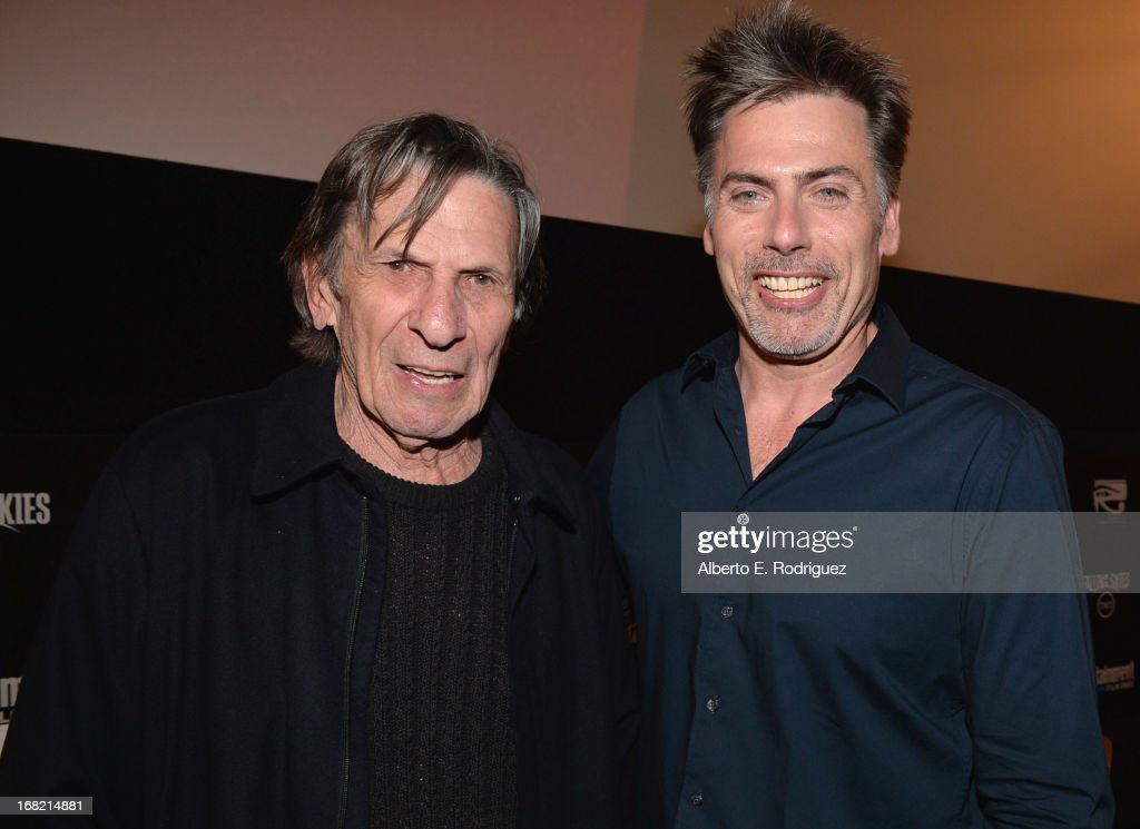 Actor <a gi-track='captionPersonalityLinkClicked' href=/galleries/search?phrase=Leonard+Nimoy&family=editorial&specificpeople=216431 ng-click='$event.stopPropagation()'>Leonard Nimoy</a> and EW wrier Goeff Boucher attend Entertainment Weekly's CapeTown Film Festival presented by The American Cinematheque and sponsored by TNT's 'Falling Skies' at the Egyptian Theatre on May 6, 2013 in Hollywood, California.