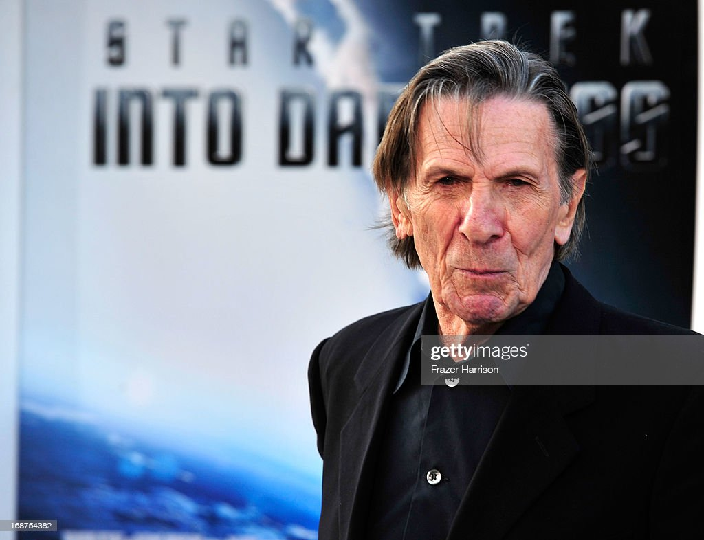 Actor <a gi-track='captionPersonalityLinkClicked' href=/galleries/search?phrase=Leonard+Nimoy&family=editorial&specificpeople=216431 ng-click='$event.stopPropagation()'>Leonard Nimoy</a> arrives at the premiere of Paramount Pictures' 'Star Trek Into Darkness' at the Dolby Theatre on May 14, 2013 in Hollywood, California.