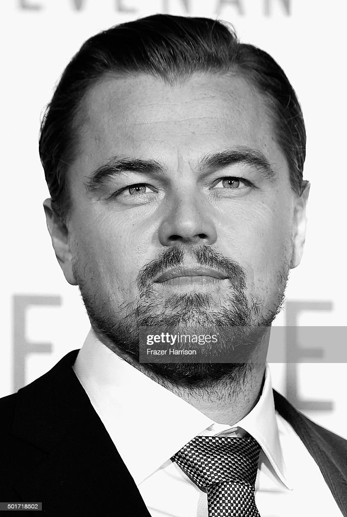 . Actor Leonardo DiCaprio arrives at the Premiere Of 20th Century Fox And Regency Enterprises' 'The Revenant' at TCL Chinese Theatre on December 16, 2015 in Hollywood, California.