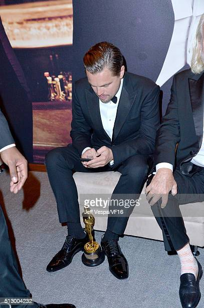 Actor Leonardo DiCaprio attends the 2016 Vanity Fair Oscar Party Hosted By Graydon Carter at the Wallis Annenberg Center for the Performing Arts on...